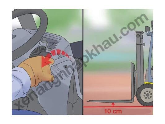 hướng dẫn lái xe nâng bước 3