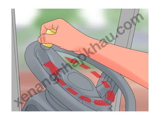 hướng dẫn lái xe nâng bước 7